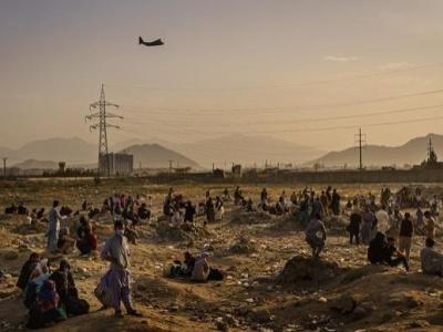 阿富汗媒体:喀布尔机场的撤离航班已恢复